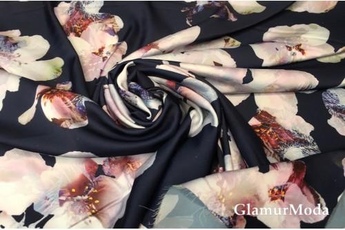 Армани шёлк с принтом цветы яблони на темно-синем фоне