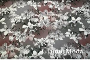 Костюмная Барби бело-серые цветы на темно-сером фоне