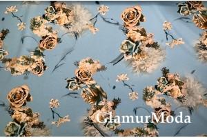 Костюмная Барби золотые розы на голубом фоне
