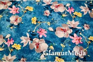 Костюмная Барби цветы сакуры на синем фоне