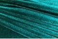 Бархат стрейч изумрудного цвета