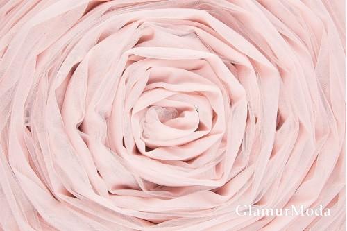 Еврофатин бледно-розового цвета, воздушный и мягкий, 300 см