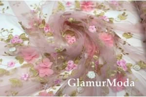 Сетка вышитая с бусинами Объемные цветы на розовом фоне