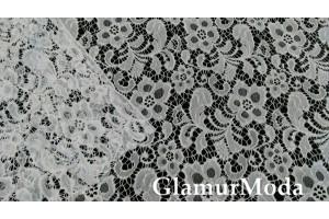 Кружевное полотно белого цвета цветочный рисунок