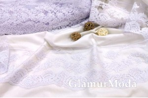 Кружево Blumarine (Блюмарин) белого цвета