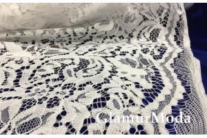 Кружевное полотно белого цвета рисунок с цветами