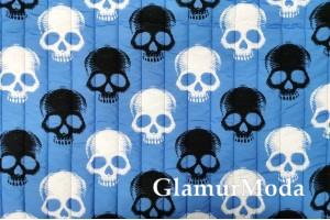 Курточная ткань на синтепоне черепа на синем фоне