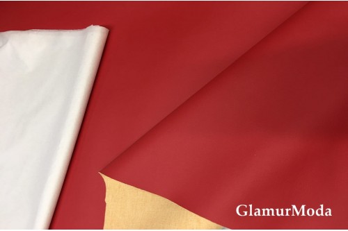 Искусственная мебельная кожа темно-красного цвета