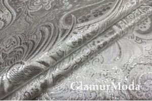 Парча жаккард серебряного  цвета огурцы