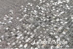 Пайетки на сетке-гофре серебряного цвета
