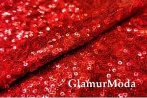 Пайетки на сетке красного цвета