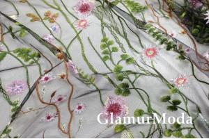 Сетка вышитая, Цветы и стебельки на черном фоне