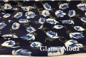 Креп шифон цветы на тёмно-синем фоне