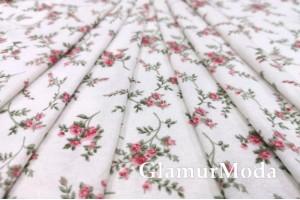 Трикотаж c вискозой цветочки на белом фоне
