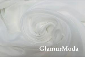 Вуаль белого цвета