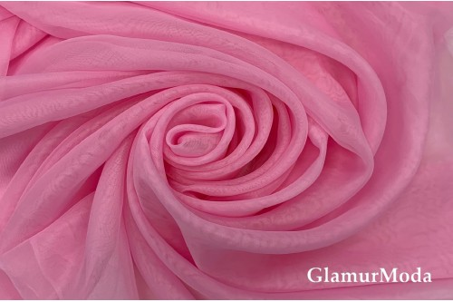Вуаль нежно розового цвета