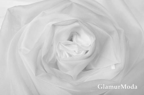 Вуаль белого цвета шириной 300 см